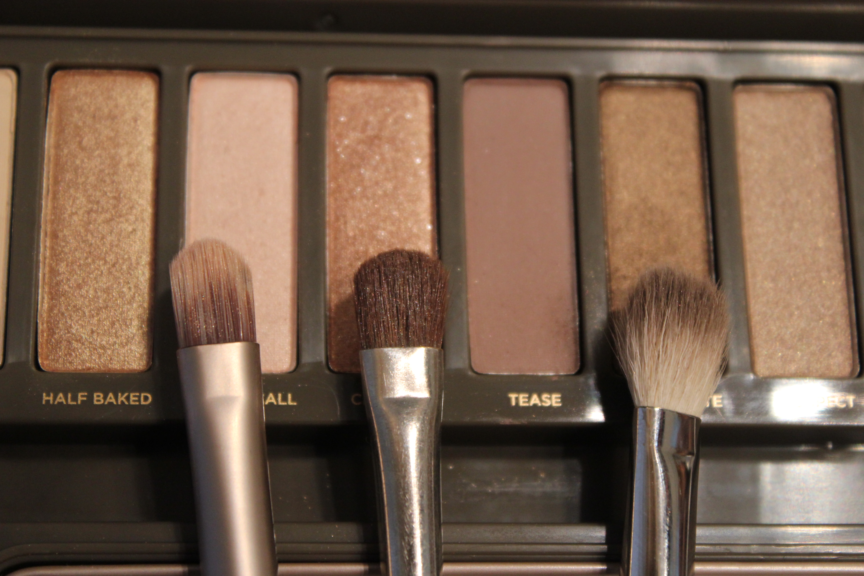 maquillage avec la palette naked 2 une parenth se mode. Black Bedroom Furniture Sets. Home Design Ideas
