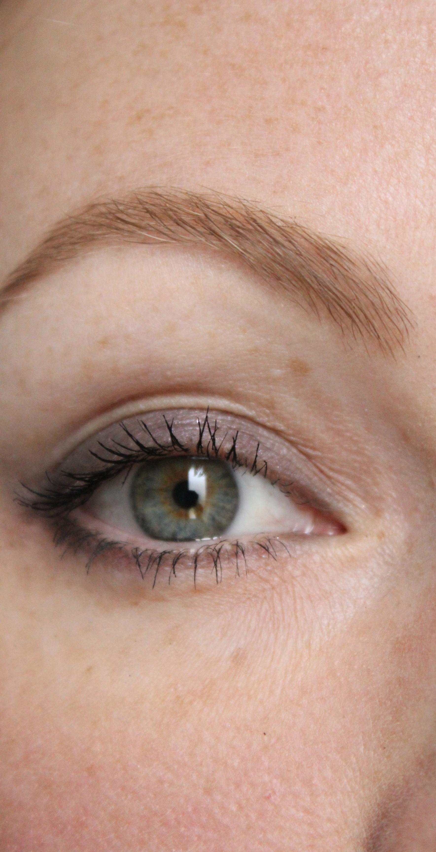 Maquillage avec pinceau mac 217 une parenth se mode - Porte pinceau maquillage ...