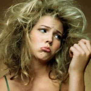 mes_cheveux_frisent_a_l_humidite_