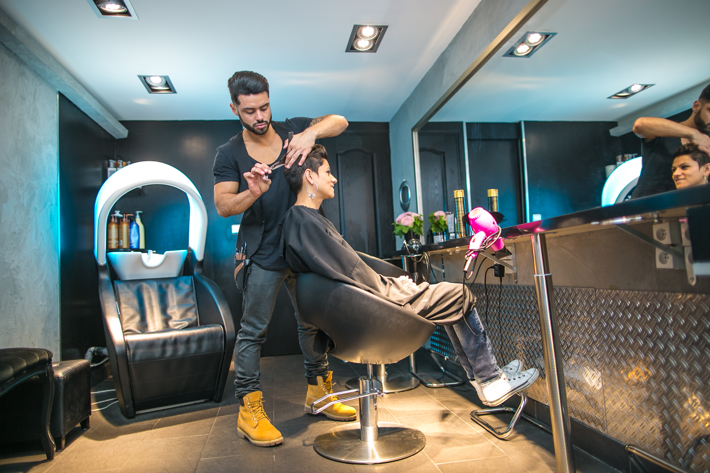 J 39 ai test le salon de coiffure de jordy brechkoff une for Photo de salon de coiffure